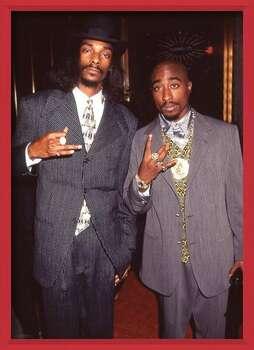 Gerahmte Poster Snoop Dogg & Tupac - Suits